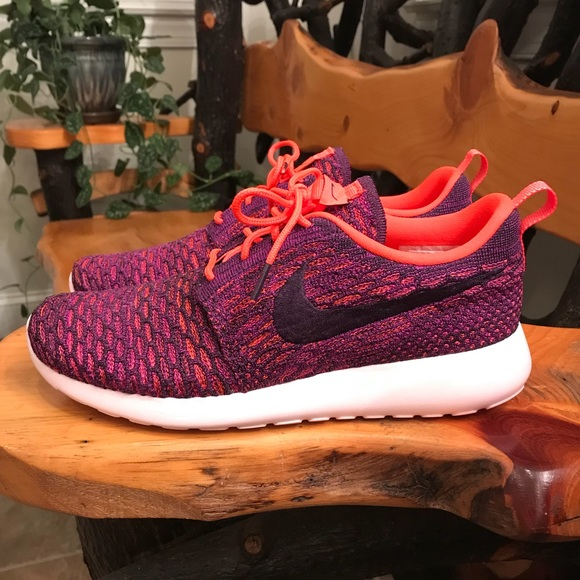 quality design e52ed 5c8b1 NEW Women s Nike Roshe One Flyknit Sneakers 👟